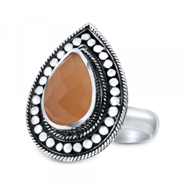 CLOSE TO ZEN | Ring - Rebel flower peach moonstone